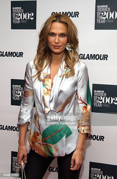 Molly Sims during 13th Annual Glamour Magazine's Women of the Year Awards Arrivals at Metropolitan Museum of Art in New York City New York United...