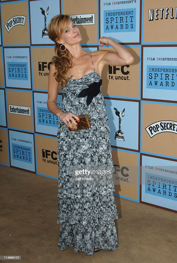 Molly Sims during Film Independent's 2006 Independent Spirit Awards - Arrivals in Santa Monica, California, United States.