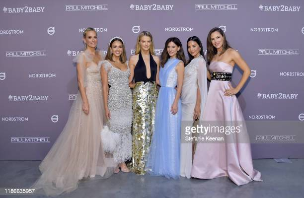 Molly Sims Jessica Alba Baby2Baby Copresidents Kelly Sawyer Patricof and Norah Weinstein Olivia Munn and Jennifer Garner attends the 2019 Baby2Baby...