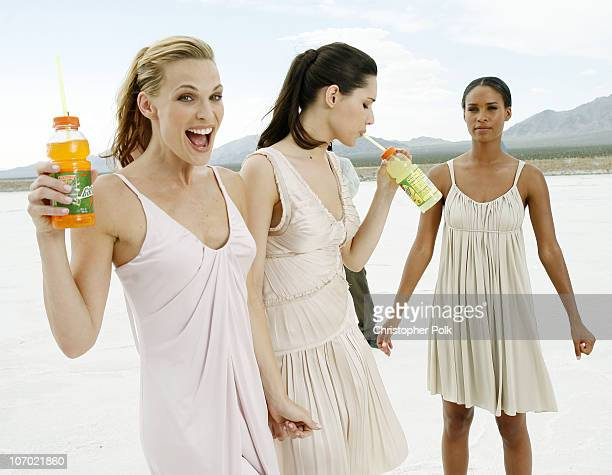 Molly Sims Joy Bryant and Amelia Vega *Exclusive*