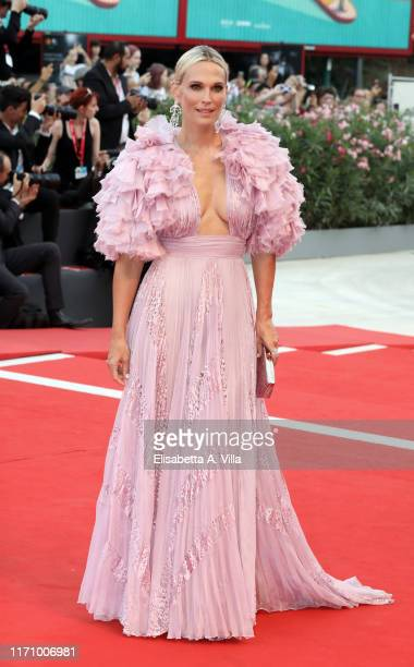 Molly Sims walks the red carpet ahead of the Marriage Story screening during during the 76th Venice Film Festival at Sala Grande on August 29 2019 in...