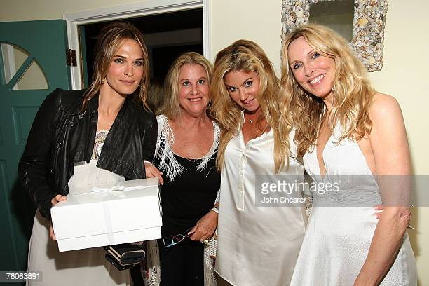 Molly Sims Wendy Stark Lara Shriftman and Alana Stewart attend the dinner for Luxery Skincare Company Natura Bissa at a private residence on August...