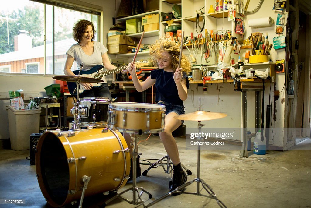 Mom and daughter garage band : Stock Photo