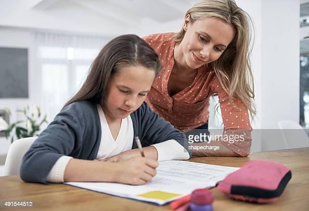 Mère est-il si elle a besoin d'aide avec ses devoirs