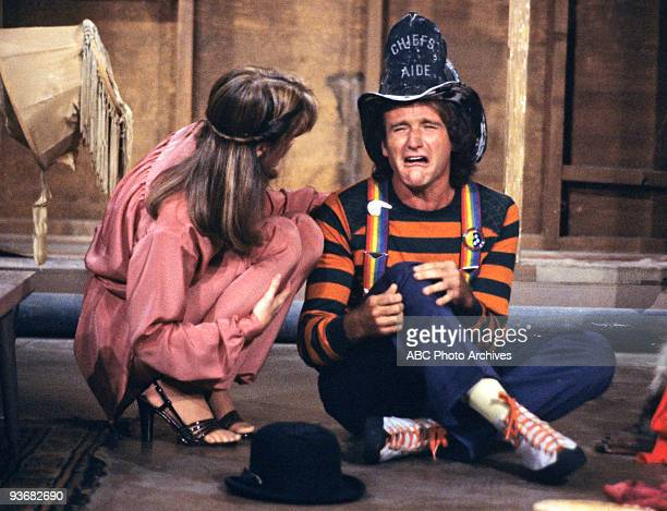 MORK MINDY A Mommy for Morky Season One 11/16/78 Mindy learned about raising a child after an Orkan age machine turned Mork into a fiveyearold
