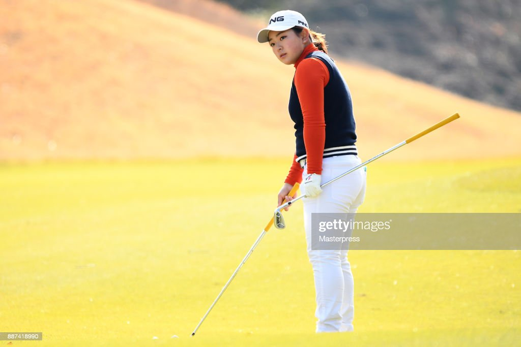 Momo Yoshikawa of Japan lines up during the first round of the LPGA Rookie Tournament at Great Island Club on December 7, 2017 in Chonan, Chiba, Japan.
