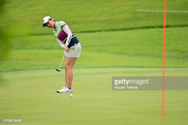 Momoko Osato of Japan attempts a putt on the 1st green during the final round of the Descente Ladies Tokai Classic at the Shin Minami Aichi Country...