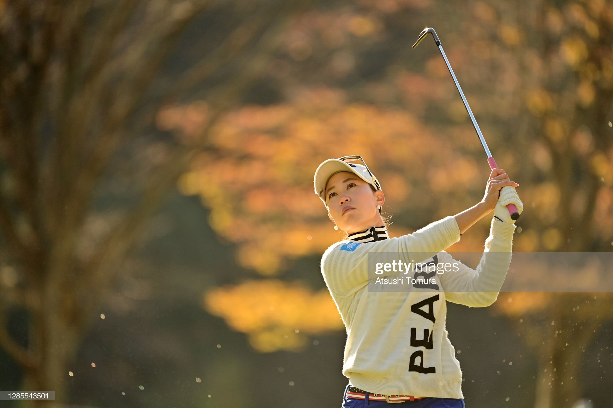 https://media.gettyimages.com/photos/momoko-ueda-of-japan-hits-her-third-shot-on-the-3rd-hole-during-the-picture-id1285543501?s=2048x2048