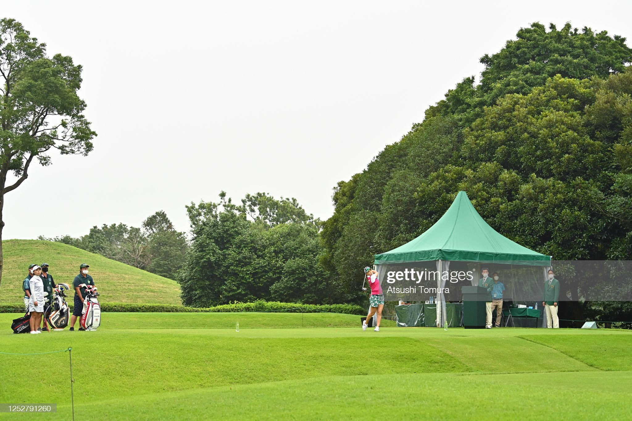 https://media.gettyimages.com/photos/momoko-ueda-of-japan-tees-off-on-the-10th-hole-during-the-third-round-picture-id1252791260?s=2048x2048