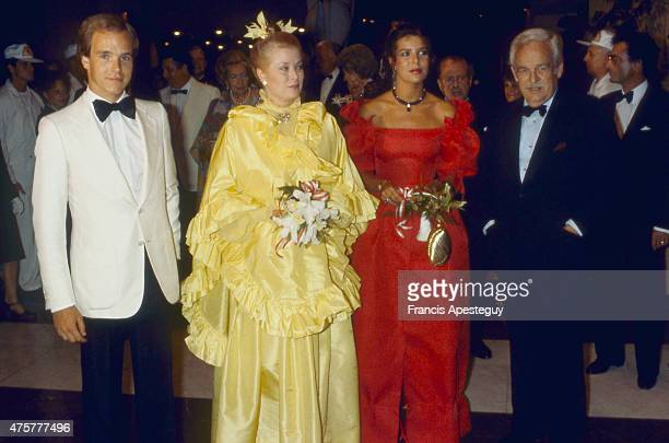 Monaco 7 August 1981 Princess Grace of Monaco during the annual Red Cross Ball Left to right Prince Albert Princess Grace Princess Caroline Prince...