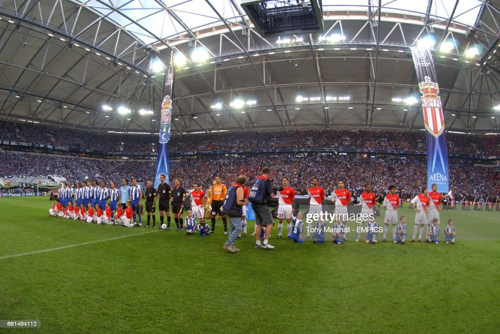 Soccer - UEFA Champions League - Final - Monaco v FC Porto : News Photo