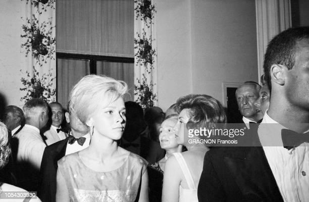 Monaco août 1961 soirée de gala au profit de la Croix Rouge sous la présidence de la princesse Grace au Monte Carlo Sporting Club Ici Anouchka VON...