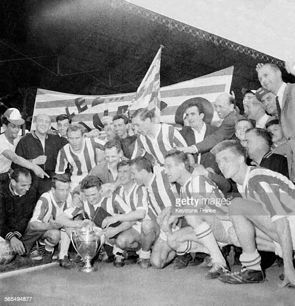 Monaco emporte la Coupe de France de football sur Saint-Etienne par 4 à 2 dans un stade comble, à Colombes, France le 15 mai 1960.