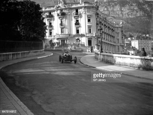 Monaco gp Alfa Romeo entering station hairpin 2