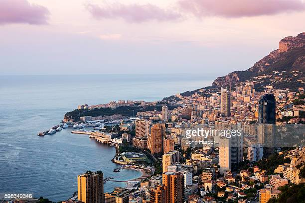 monaco harbour at twilight. - monte carlo stock-fotos und bilder