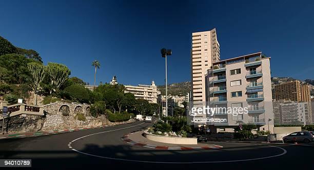 monaco luxuriösen wohnungen formel 1 chicane extrawide - monte carlo stock-fotos und bilder