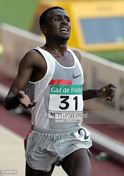 """Ethiopian Sileshi Sihine competes in the 5000 m race of the IAAF """"World Athletics Finals"""", 19 September 2004 at the Louis II stadium in Monaco...."""