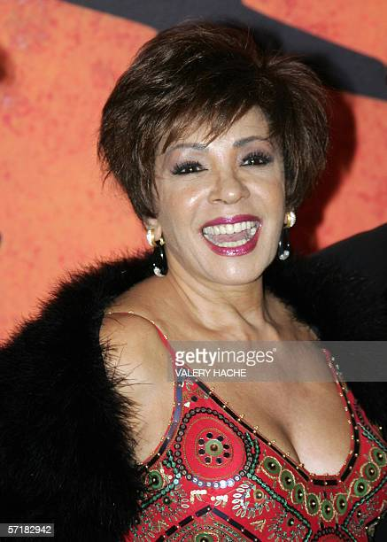 Welsh singer Shirley Bassey arrives 25 march 2006 to attend the annual Rose Ball at the MonteCarlo Sporting Club in Monaco The Rose Ball is one of...
