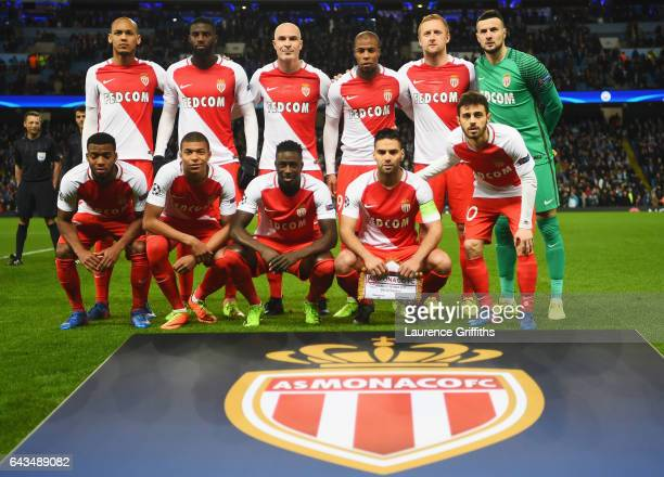 Monaco players line up prior to the UEFA Champions League Round of 16 first leg match between Manchester City FC and AS Monaco at Etihad Stadium on...