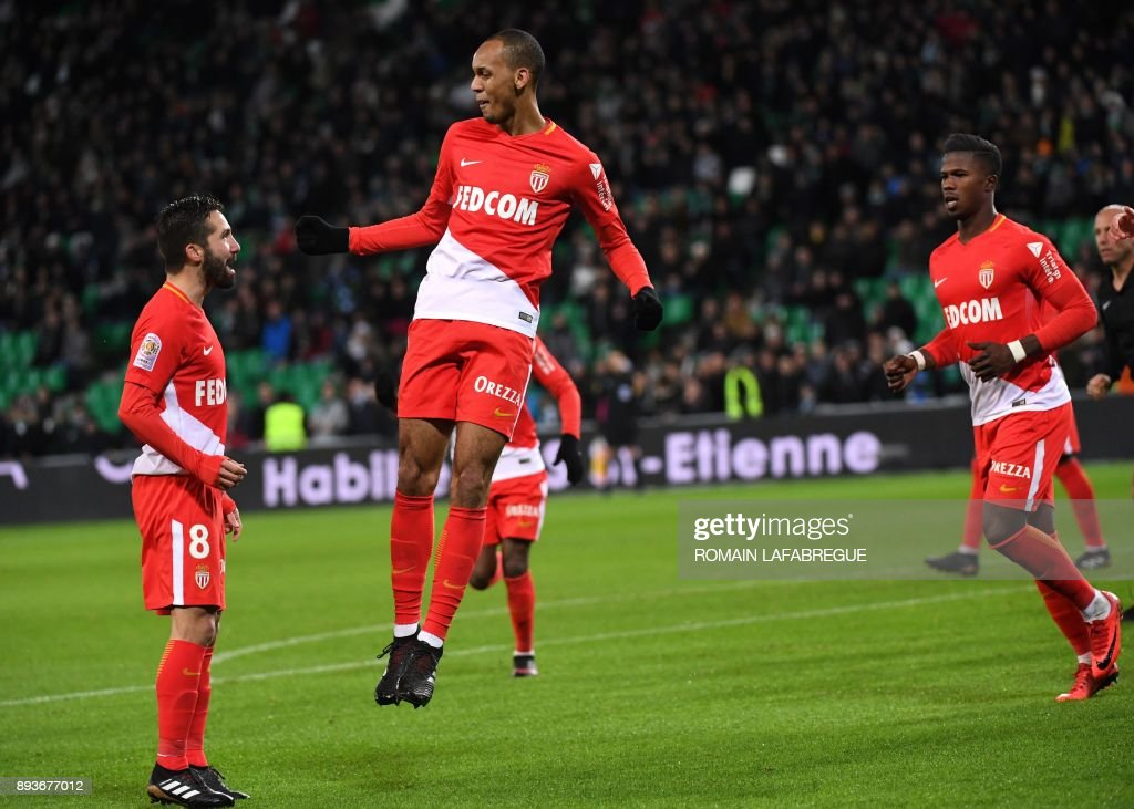 Monaco's Brazilian defender Fabio Henrique Fabinho (2-L) celebrates after scoring a goal during the French L1 football match between Saint-Etienne (ASSE) and Monaco (ASM) on December 15, 2017, at the Geoffroy Guichard stadium in Saint-Etienne, central-eastern France. /