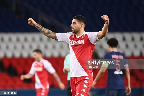 Monaco's Chilean defender Guillermo Maripan celebrates at the end of the French L1 football match between Paris-Saint Germain and AS Monaco FC at The...