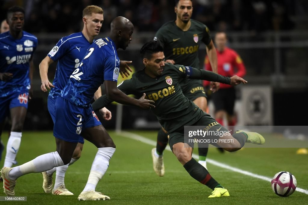 FBL-FRA-L1-AMIENS-MONACO : News Photo