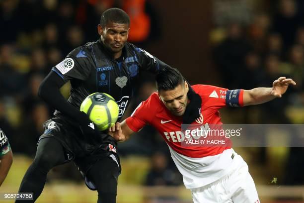 Monaco's Colombian forward Radamel Falcao vies with Nice's Brasilian defender Santos Marlon during the French L1 football match Monaco vs Nice on...