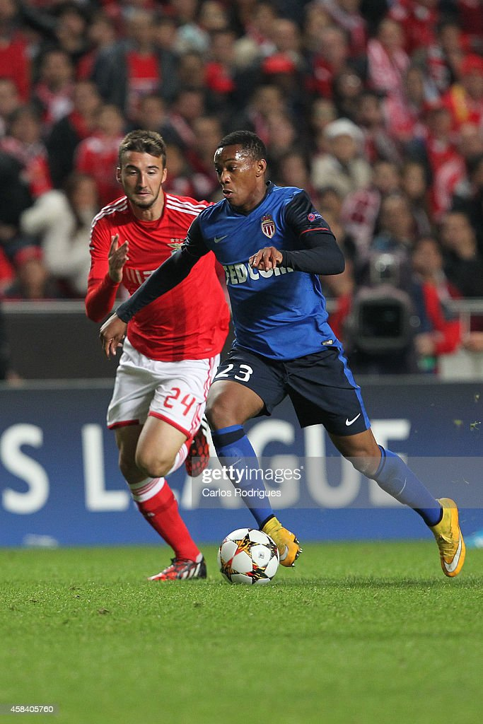 Monaco's forward Anthony Martial tries to escape Benfica's midfielder Bryan Cristante during the UEFA Champions League match between SL Benfica and AS Monaco at the Estadio da Luz on November 4, 2014 in Lisbon, Portugal.