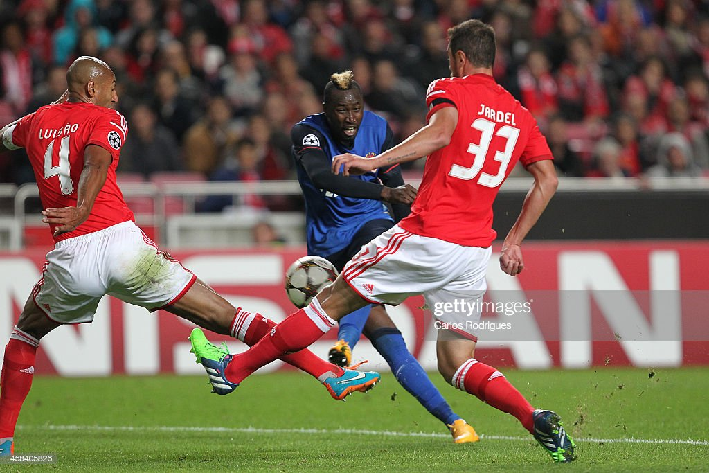 Monaco's forward Lacina Traore during the UEFA Champions League match between SL Benfica and AS Monaco at the Estadio da Luz on November 4, 2014 in Lisbon, Portugal.