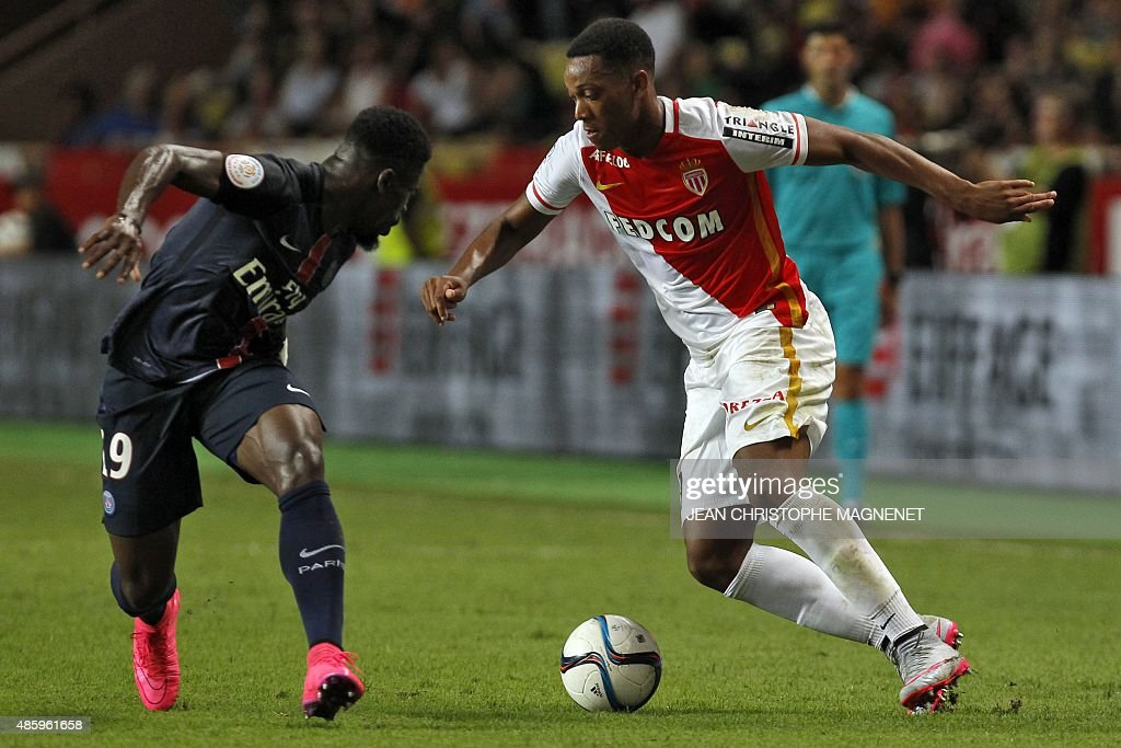 FBL-FRA-LIGUE1-MONACO-PSG : News Photo