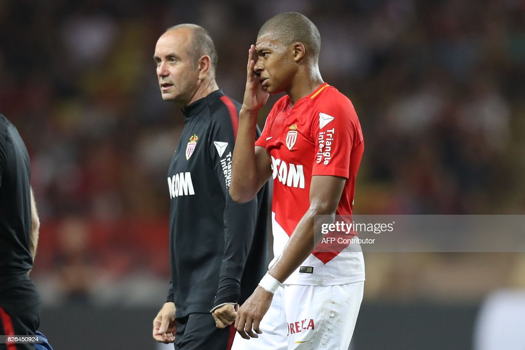 Monaco's French forward Kylian Mbappe leaves the pitch during the French L1 football match between Monaco (ASM) and Toulouse (TFC) at Louis II Stadium in Monaco on August 4, 2017. /