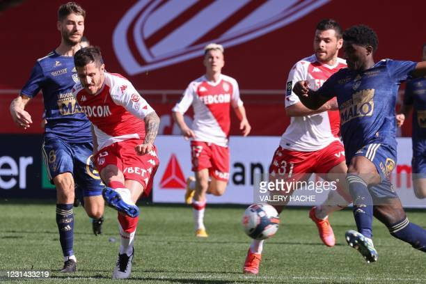 """Monaco's Montenegrin forward Stevan Jovetic shoots to score during the French L1 football match between AS Monaco and Stade Brestois 29 at the """"Louis..."""