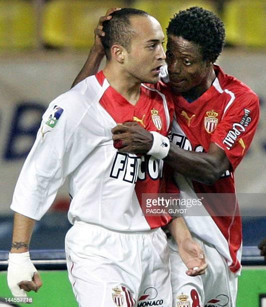 Monaco's Urugayan forward Ernesto Javier Chevanton is congratuled by Sierra Leonean teammate forward Mohamed Kallon after scoring a goal during the...