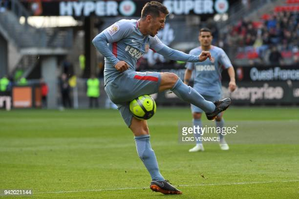 Monaco's Yugoslavian forward Stevan Jovetic misses a shoot during the French L1 football match Rennes vs Monaco at the Roazhon Park stadium in Rennes...