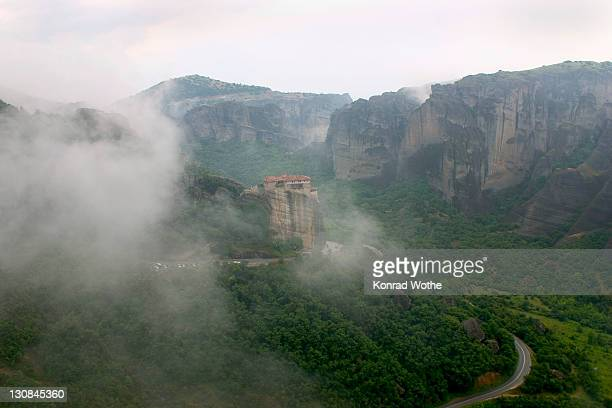monastery russanu, meteora, greece - landschaft stock pictures, royalty-free photos & images