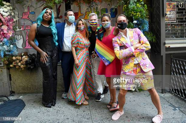 Monet X Change, American journalists, Ken Rosato, Lauren Glassberg, Sam Champion, Kemberly Richardson and Carson Kressley pose during the 50th...