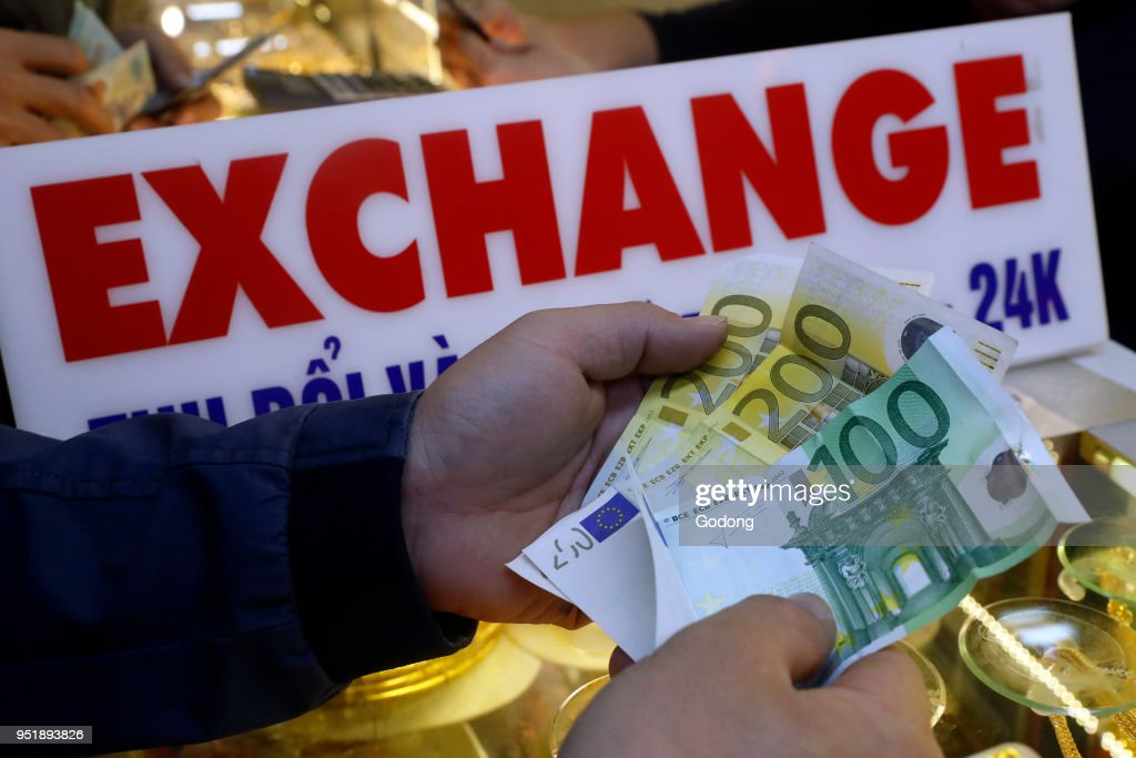 Money changer and foreign currency exchange bureau pictures