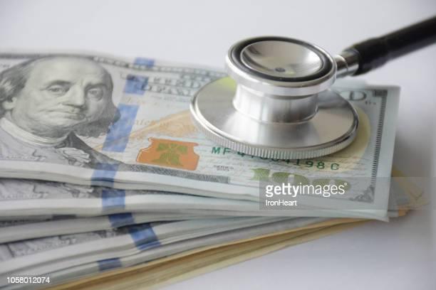 money health care. - commerciële activiteit stockfoto's en -beelden