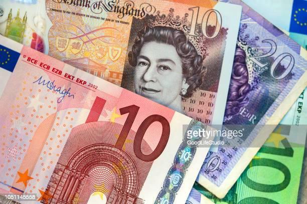 money - banconote euro foto e immagini stock