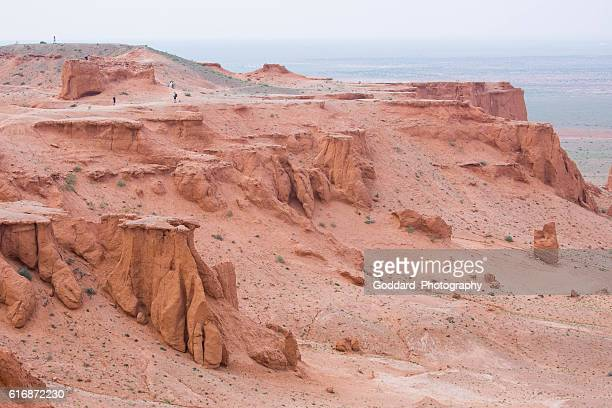 mongolia: flaming cliffs - omnogov stock pictures, royalty-free photos & images
