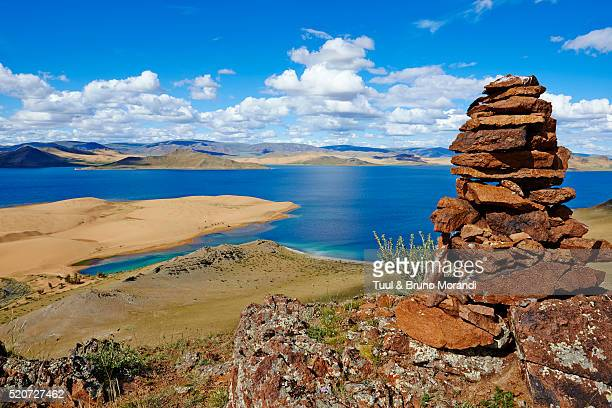 mongolia, zavkhan province, khar nuur lake - stack rock stock pictures, royalty-free photos & images