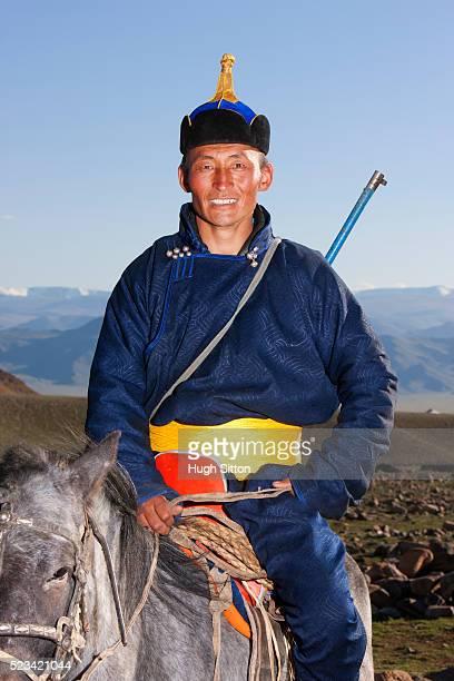 mongolian hunter - hugh sitton - fotografias e filmes do acervo