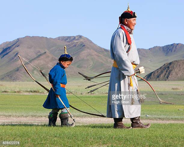 mongolian hunters - hugh sitton stockfoto's en -beelden