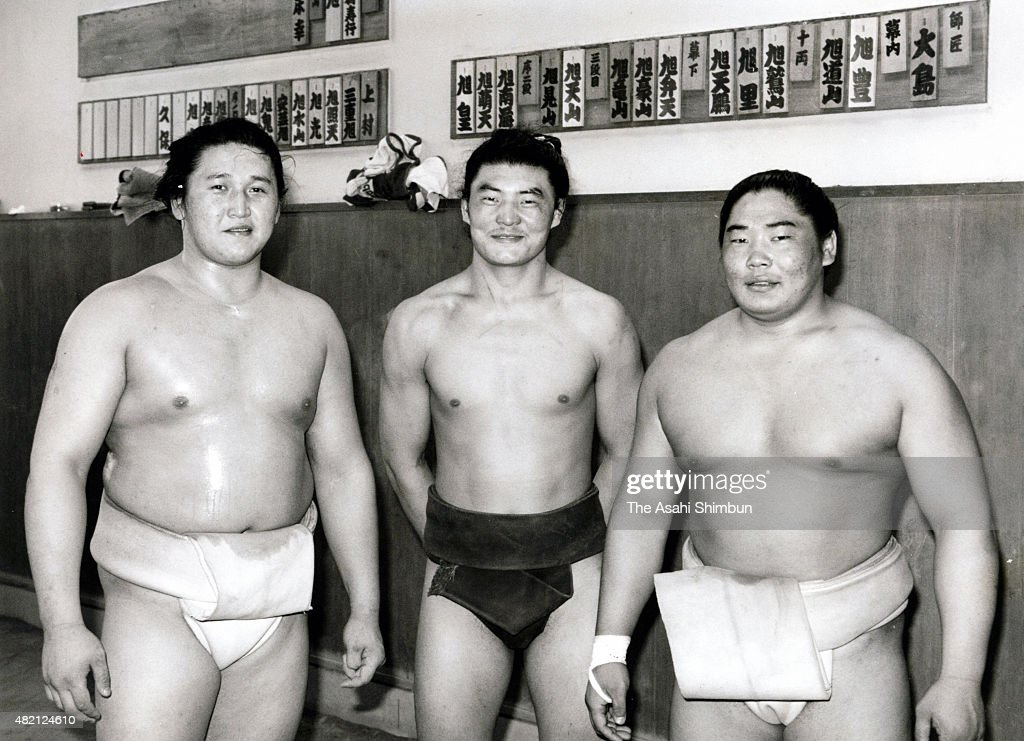 Mongolian Wrestlers At Oshima Stable : ニュース写真