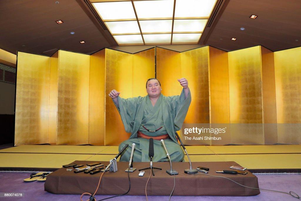 Sumo Champion Hakuho Press Conference