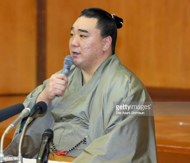 Mongolian yokozuna Harumafuji attends a press conference on his retirement on November 29 2017 in Dazaifu Fukuoka Japan Harumafuji submitted his...