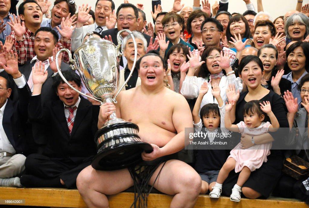 Grand Sumo Summer Tournament - Day 15