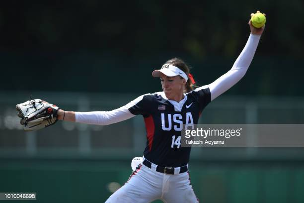 Monica Abbott of United States pitches against Mexico during the Preliminary Round match at Akitsu Stadium on day two of the WBSC Women's Softball...