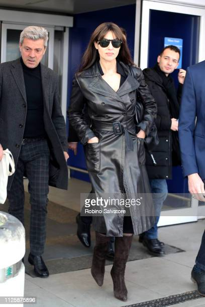 Monica Bellucci arrive ahead of Milan Fashion Week Autumn/Winter 2019/20 on February 19, 2019 in Milan, Italy.