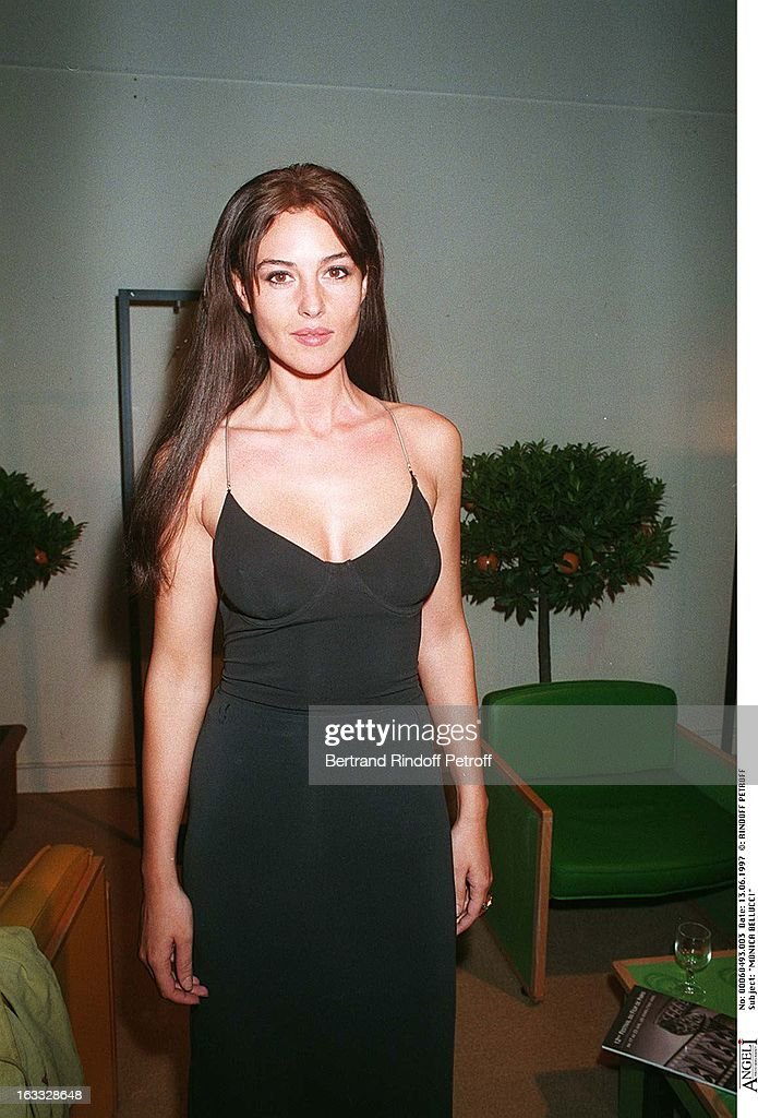 Monica Bellucci At Thescreening Of Dobermann At The Paris